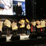 9 Survivors of Sewol seek reconciliation with the parents suffering loss at the Candlelit Protest Marking 1000 Days Since Its Demise